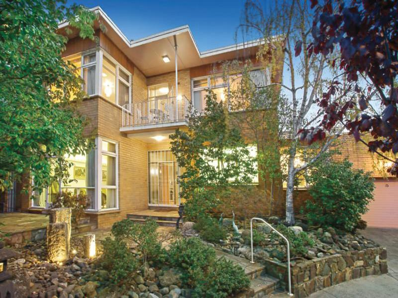 15 Witchwood Close, South Yarra, Vic 3141