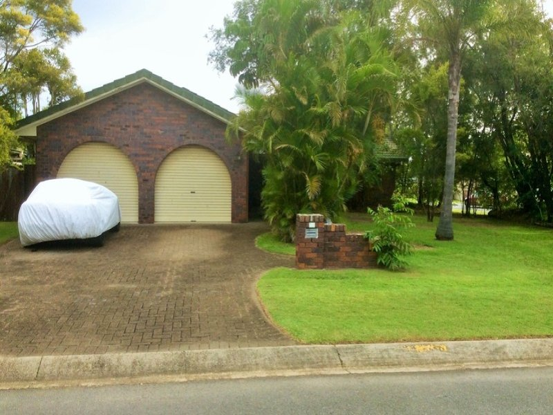 1 Rangeview Court, Burleigh Waters, Qld 4220