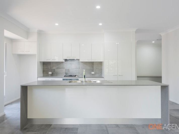 101 Regal Way, Valentine, NSW 2280