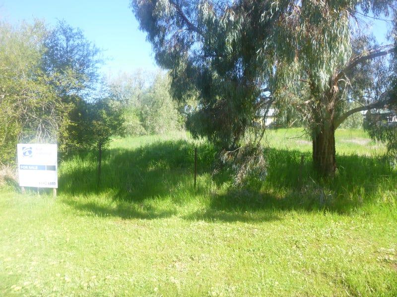 9 Rawson Street, Greenethorpe, NSW 2809