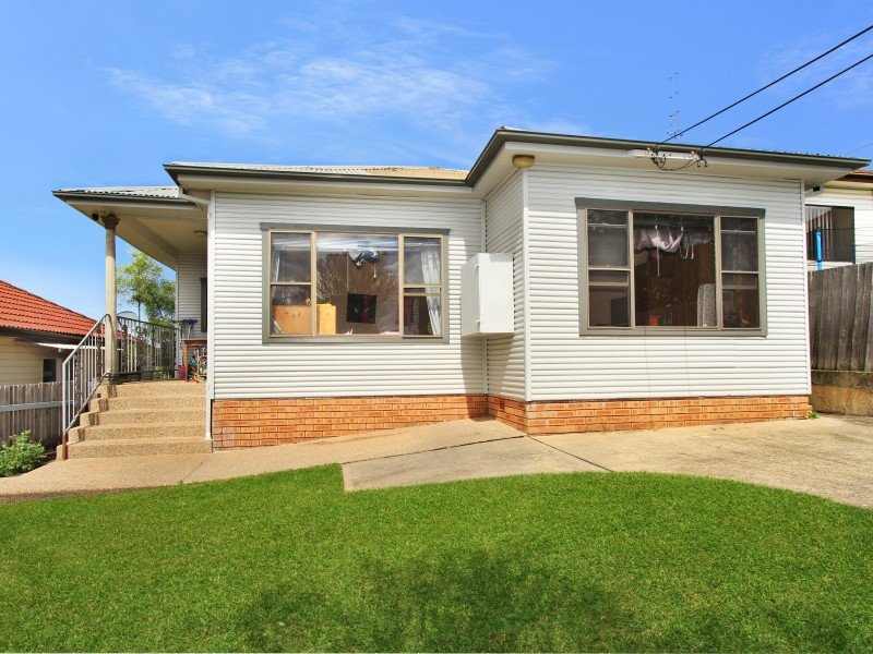 37  Lackawanna Street, Cringila, NSW 2502
