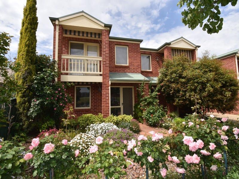 4/550 Kotthoff Street, Lavington, NSW 2641