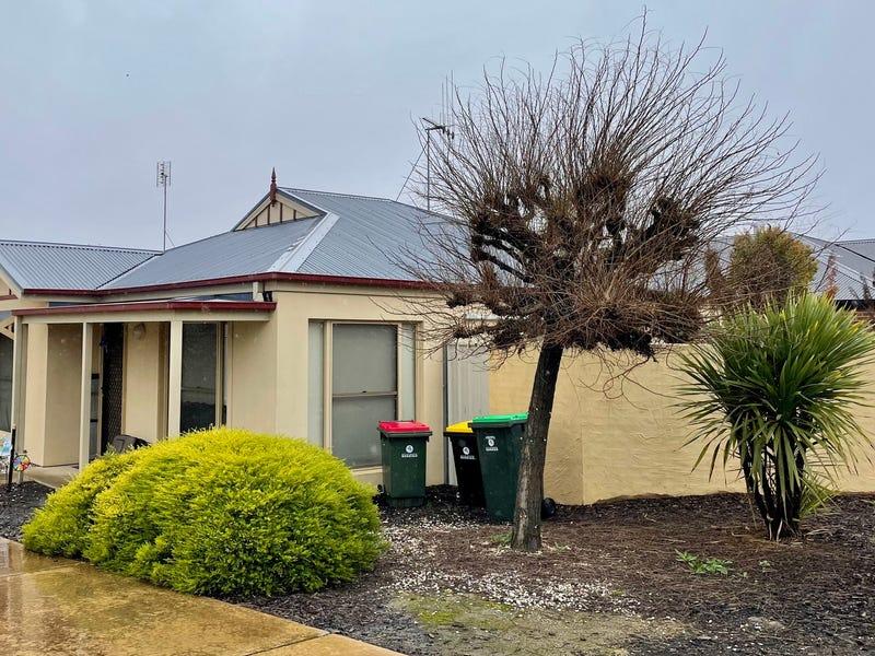 1/74 Church Street, Kangaroo Flat, Vic 3555
