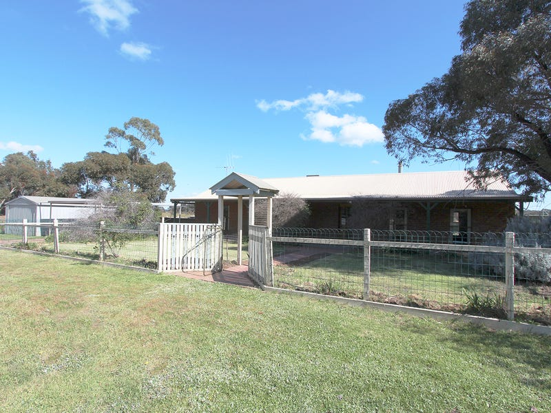 319 Camp Road, Woodvale, Vic 3556