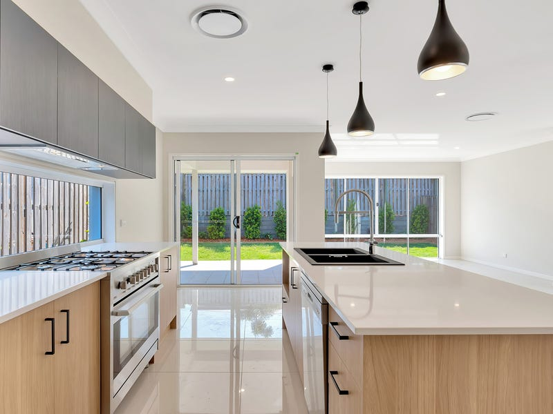 15 Rundle Avenue, Pimpama, Qld 4209