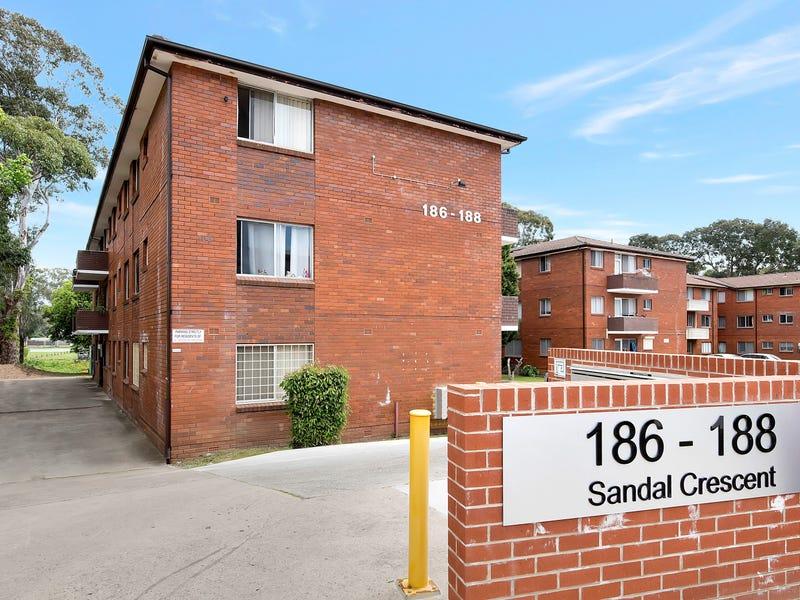 7/186 Sandal Crescent, Carramar, NSW 2163