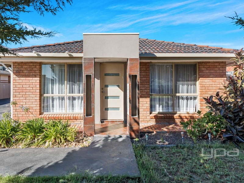 57 Ashleigh Crescent, Meadow Heights, Vic 3048
