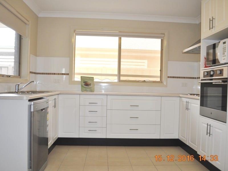 18/8 Short Street, Cootamundra, NSW 2590