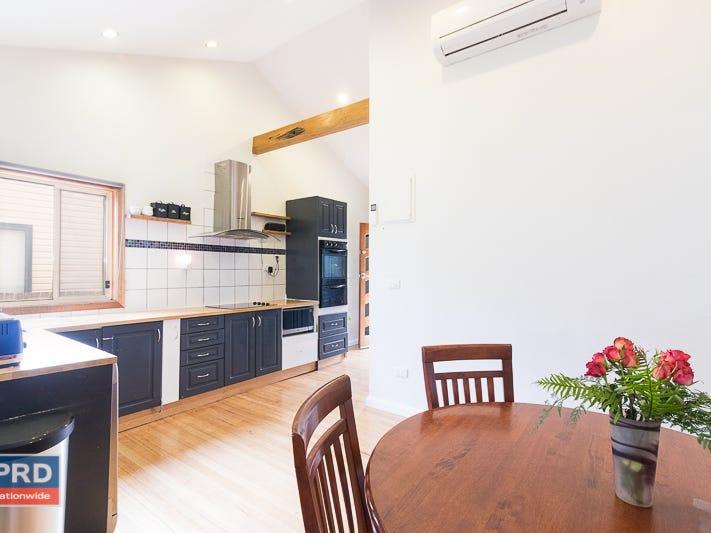 32 Kurrajong Street, Captains Flat, NSW 2623