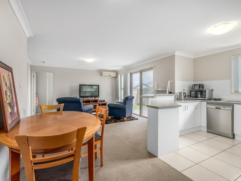 14/12 Denton Park Drive, Rutherford, NSW 2320