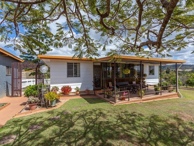 12 Dolleys Road, Withcott, Qld 4352