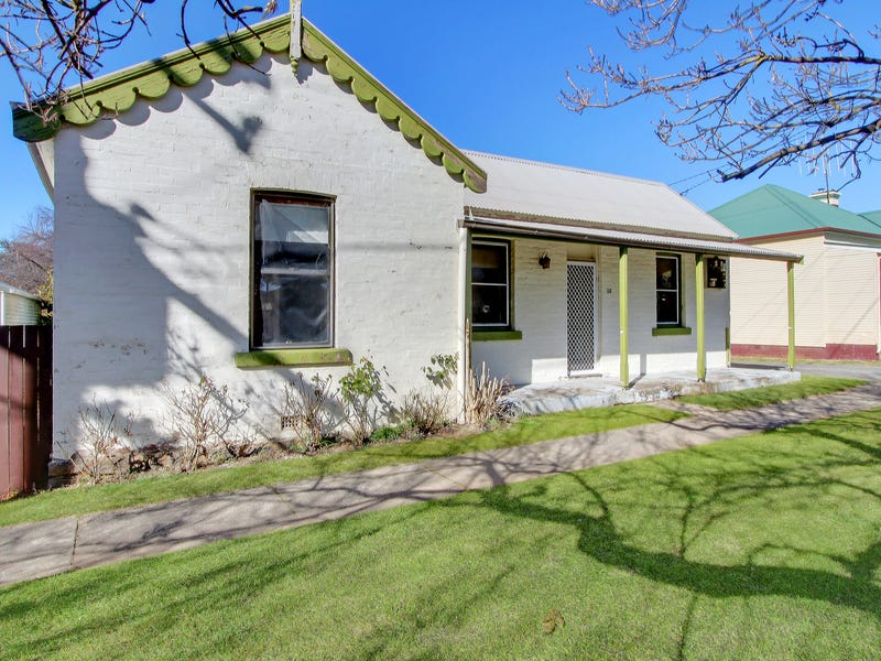 26 Colyer Street, Crookwell, NSW 2583
