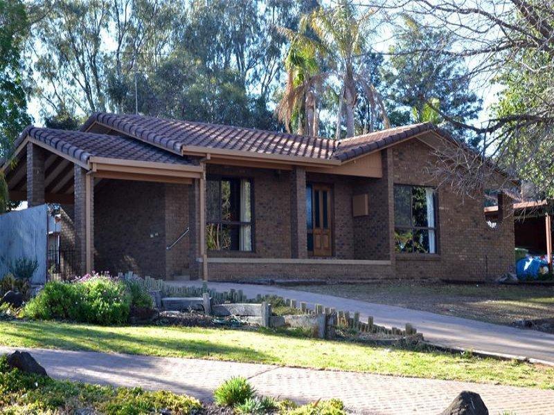 11 Riverview Drive, Dareton, NSW 2717