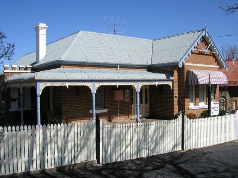 4/6 Leake Street, Bowning, NSW 2582