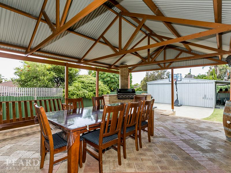 4 Rudder Court, Heathridge, WA 6027