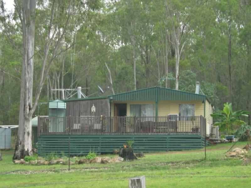 22 McClymont, Wattle Camp, Qld 4615