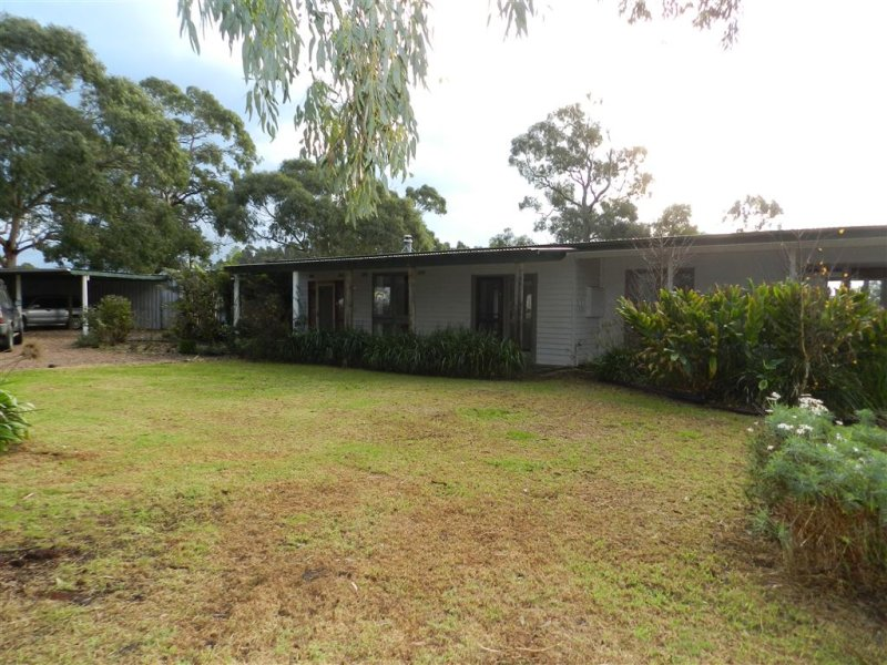 28 Old Port Road, Port Albert, Vic 3971