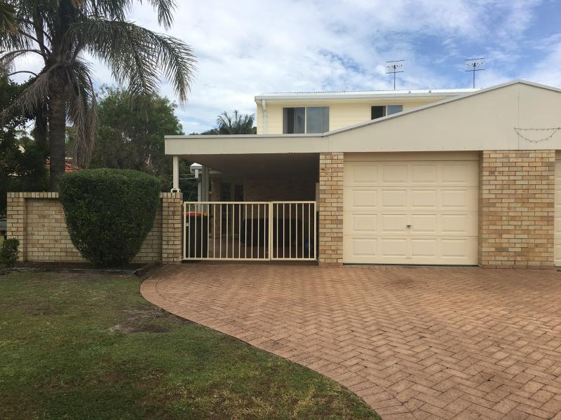 1/3 Whitesands Road, Fingal Bay, NSW 2315