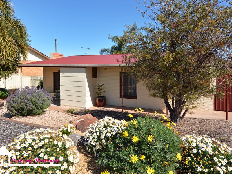 15 Morris Crescent, Whyalla Norrie