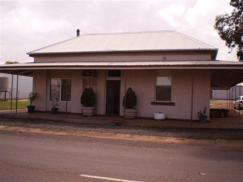 1 Fifth Street, Carrieton, SA 5431