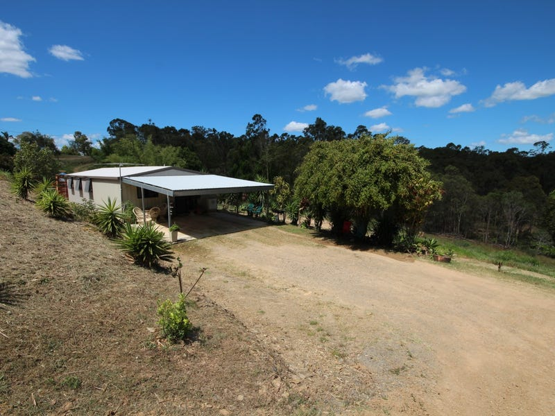 31 Barton Road, Victory Heights, Qld 4570