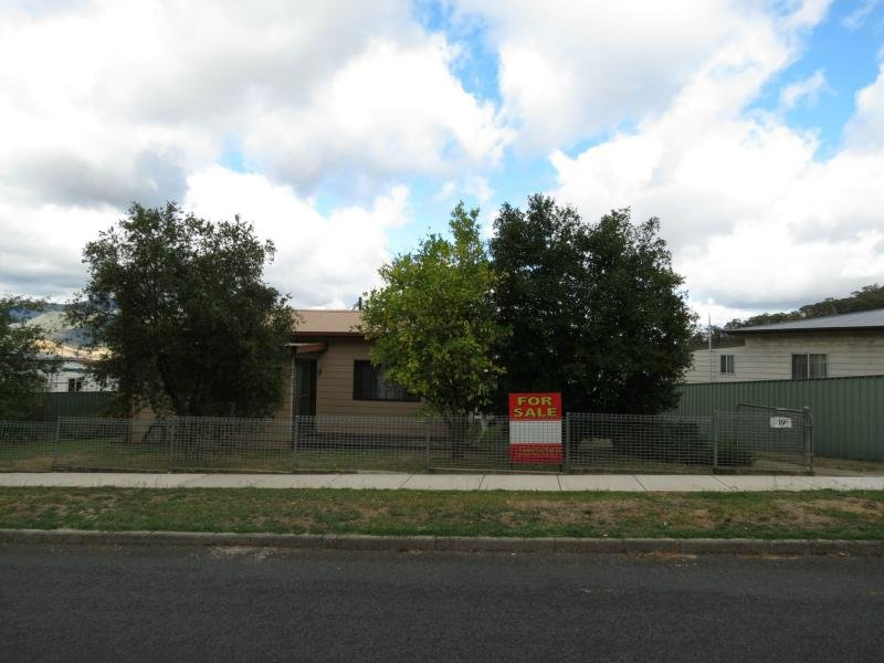 19 Whitehead Street, Khancoban, NSW 2642