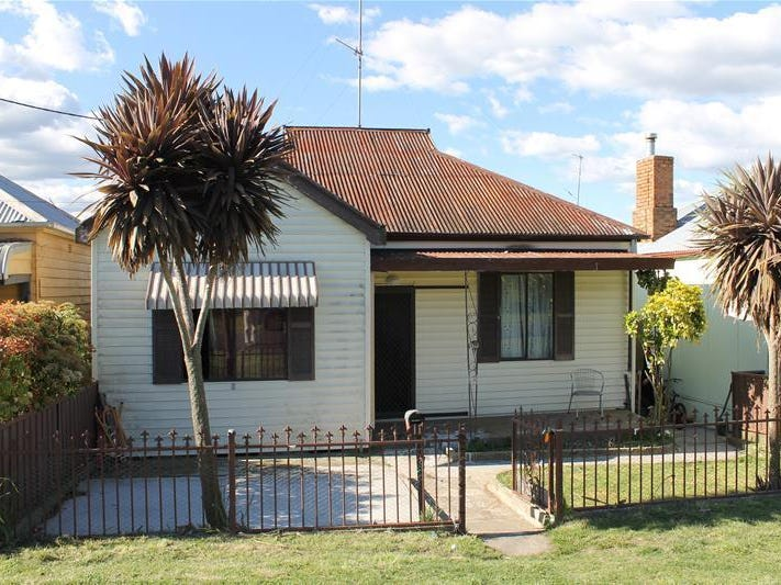 11 Piper Street, Portland, NSW 2847