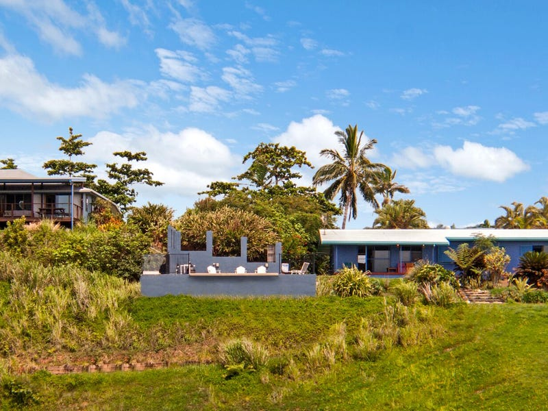 34 Holt Road, Garners Beach, Qld 4852