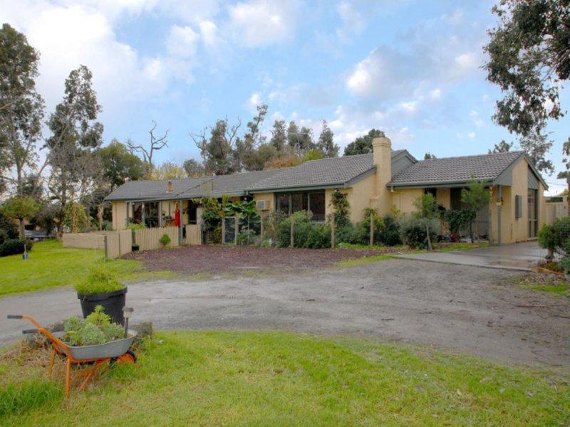 47 Browns Road, Devon Meadows, Vic 3977