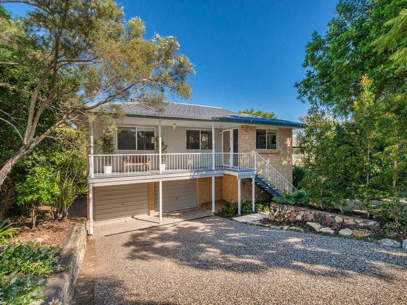 18 Dandenong Road, Jamboree Heights, Qld 4074