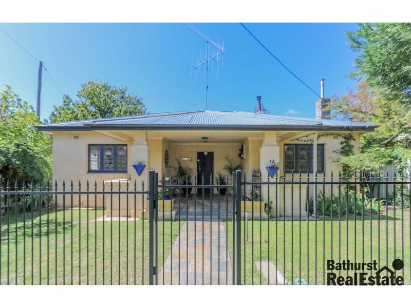 12 Rockley Street, Perthville, NSW 2795