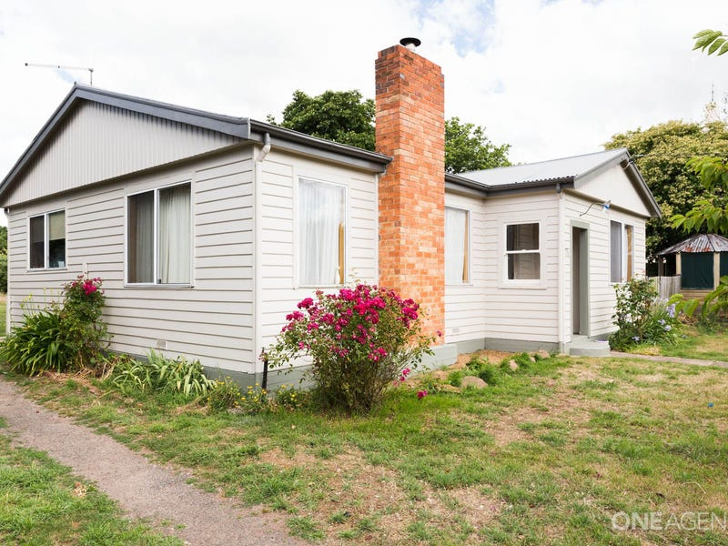 75 William  Street, Westbury, Tas 7303