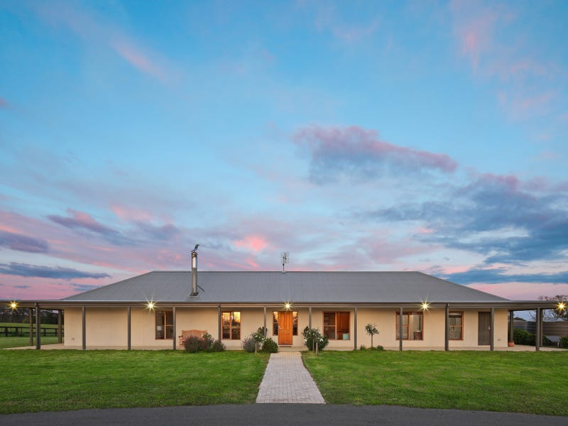 314 Vinicombes Road, Tallong, NSW 2579