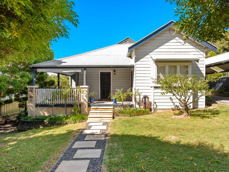 33 Moore Street, Dungog, NSW 2420
