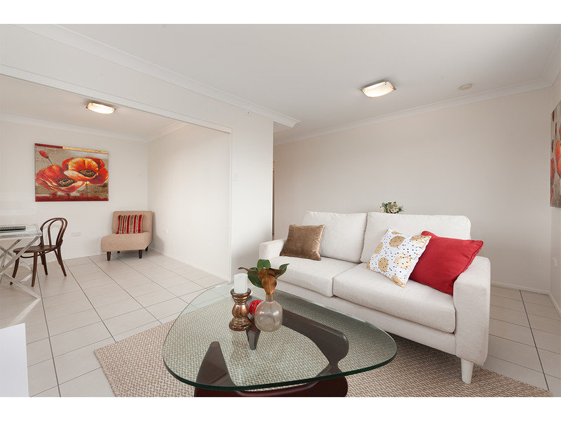 2/2 Biarra Street, Yeerongpilly, Qld 4105