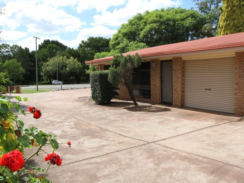 1/59 Kitchener Street, South Toowoomba, Qld 4350
