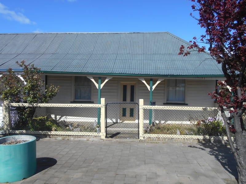 16 Vicary Street, Triabunna, Tas 7190