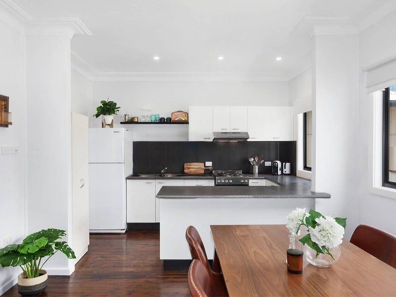 22 Dorothy Avenue, Woy Woy, NSW 2256