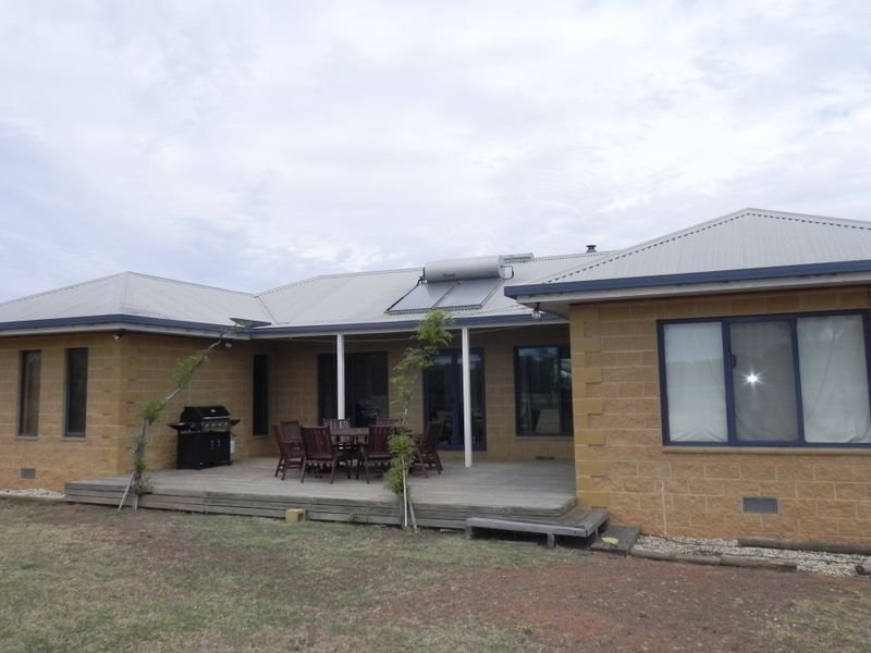 22 Algie Road, Wood Wood, Vic 3596
