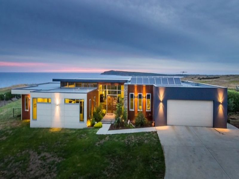 11 CAYLEY COURT, San Remo, Vic 3925