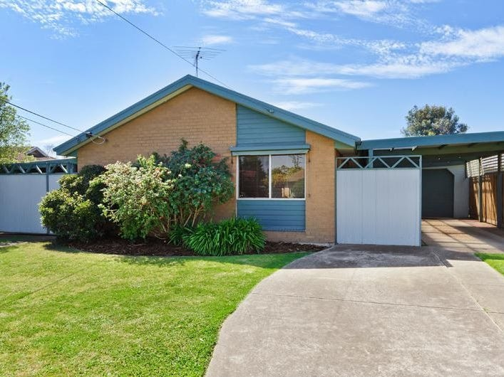 12 Lovell Court, Whittington, Vic 3219