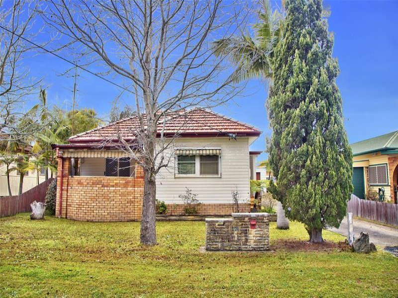 12 Nimbin Street, The Entrance, NSW 2261