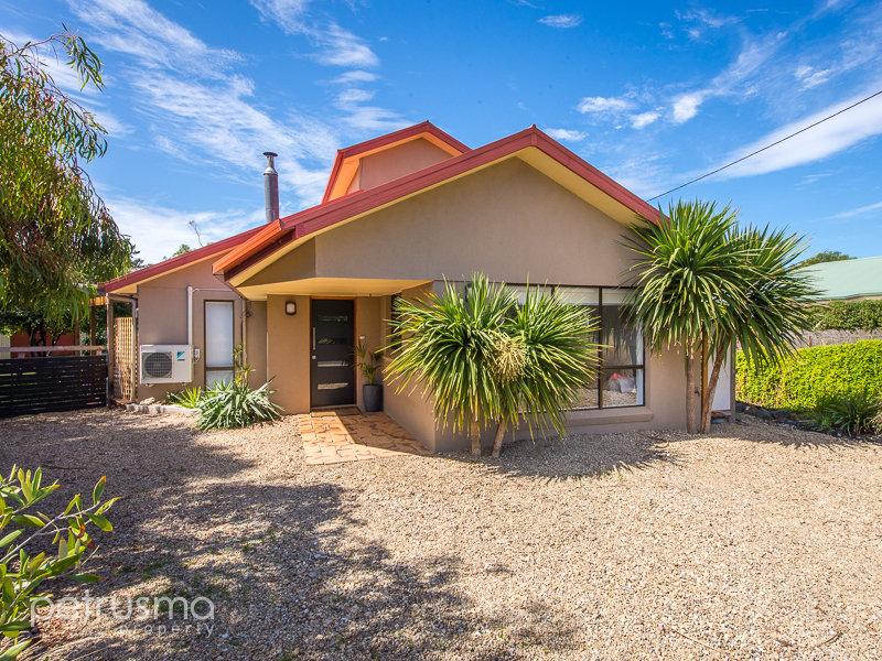 30 Dysart Street, Clifton Beach, Tas 7020