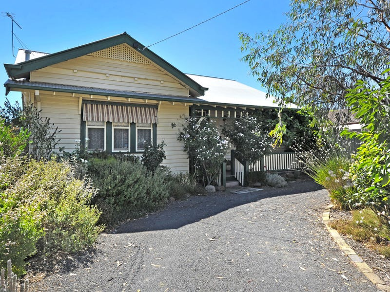 107 Queens Avenue, Maryborough, Vic 3465
