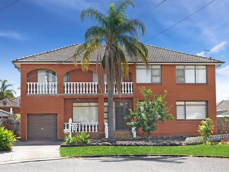 10 Narelle Crescent, Greenacre, NSW 2190