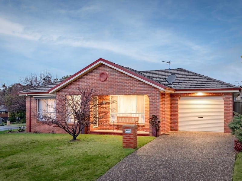 1/3 Hillock Avenue, East Albury, NSW 2640