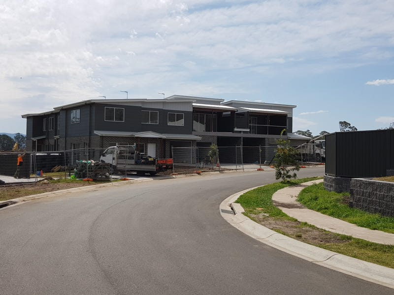 26 Upland Chase, Albion Park, NSW 2527