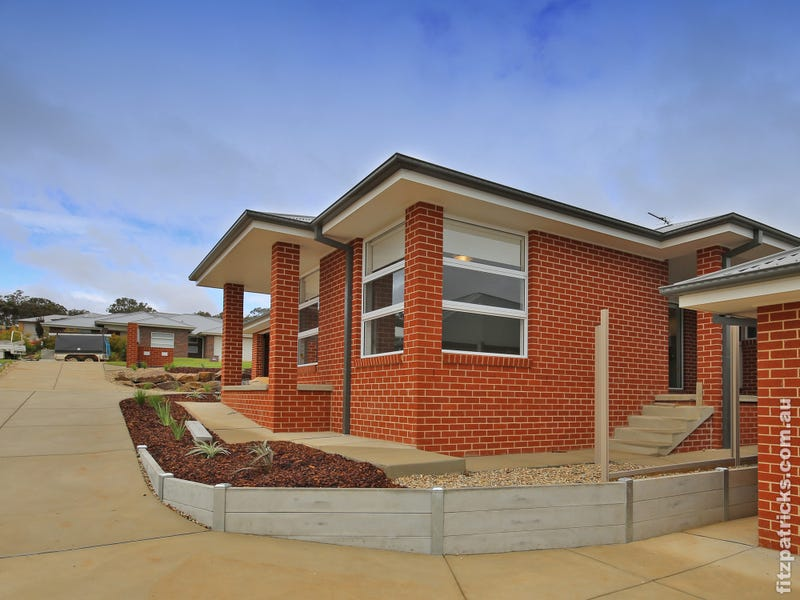 1/114 Brooklyn Drive, Bourkelands, NSW 2650