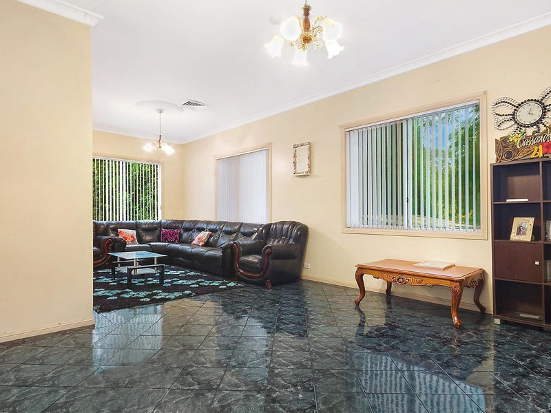 39 Orchard Road, Fairfield, NSW 2165