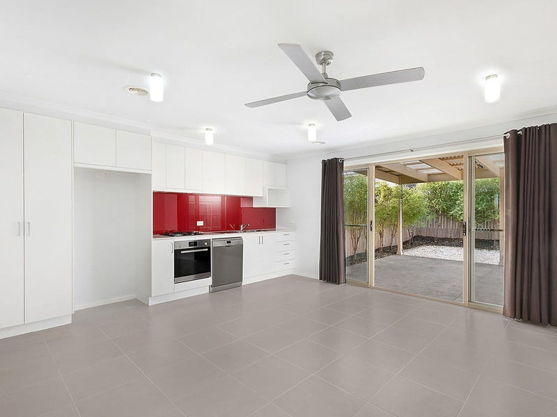 73 Ormiston Circuit, Harrison, ACT 2914